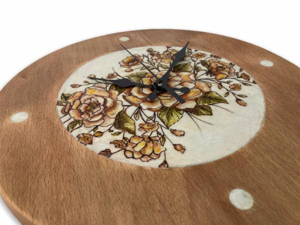 brown-and-orange-flowers-drawing-wood-wall-clock-side