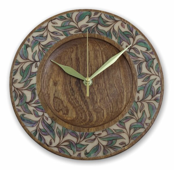 mahogany-Wood-wall-clock-with-leaves