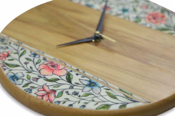 Beechwood-wall-clock-floral-pattern-back